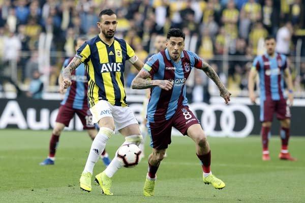 <h2>Karagümrük, Mehmet Topal'ı transfer edecek mi?</h2>