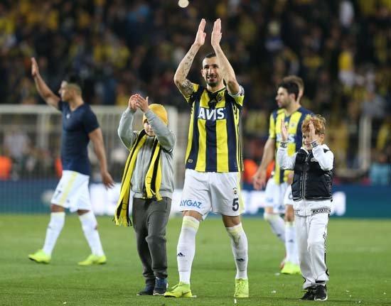 <h2>Mehmet Topal, Fenerbahçe'den neden ayrıldı?</h2>