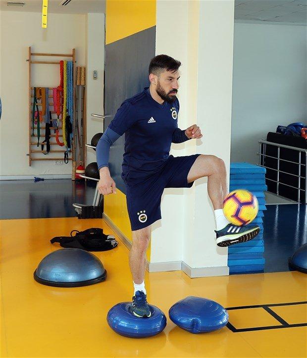 <h2>Şener Özbayraklı, Galatasaray'a transfer oldu mu?</h2>