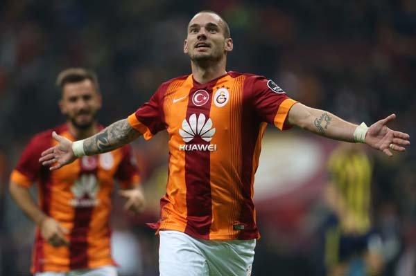 <h2>Sneijder, Türkiye'ye transfer olacak mı?</h2>