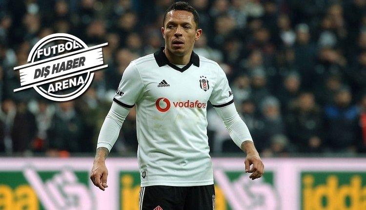 <h2>Adriano, Santos'a transfer olacak mı?</h2>