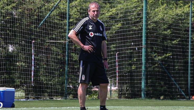 <h2>Beşiktaş'tan genç futbolcular için karar</h2>