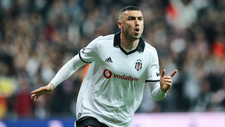 <h2>Burak Yılmaz Beşiktaş'ta kalacak mı?</h2>