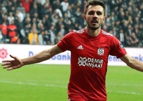 <h2>Fenerbahçe, Emre Kılınç'ı transfer edecek mi?</h2>