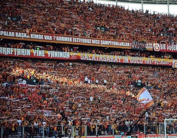 <h2>Galatasaray kaç kombine sattı?</h2>