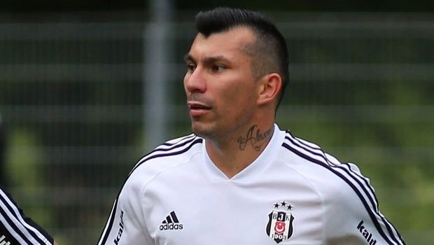 <h2>Medel, Beşiktaş'tan ayrılacak mı?</h2>
