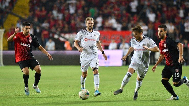 <h2>Beşiktaş'ın ilk 11'i değişecek mi?</h2>