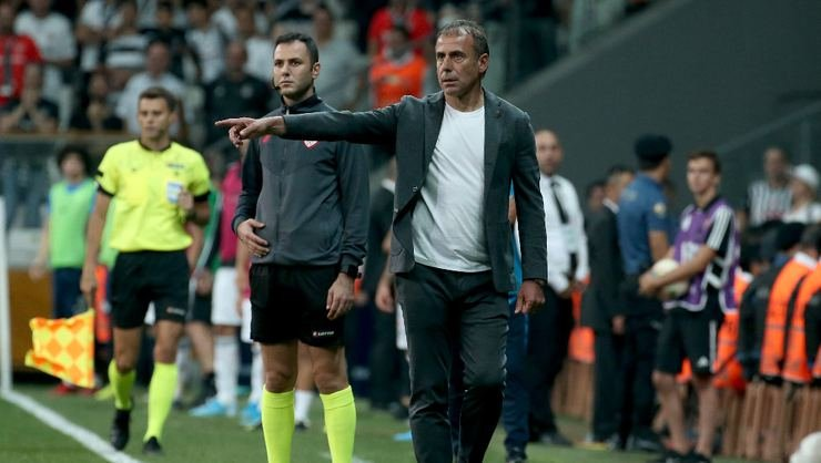<h2>Beşiktaş'ta Abdoulay Diaby ilk 11'de oynayacak mı?</h2>