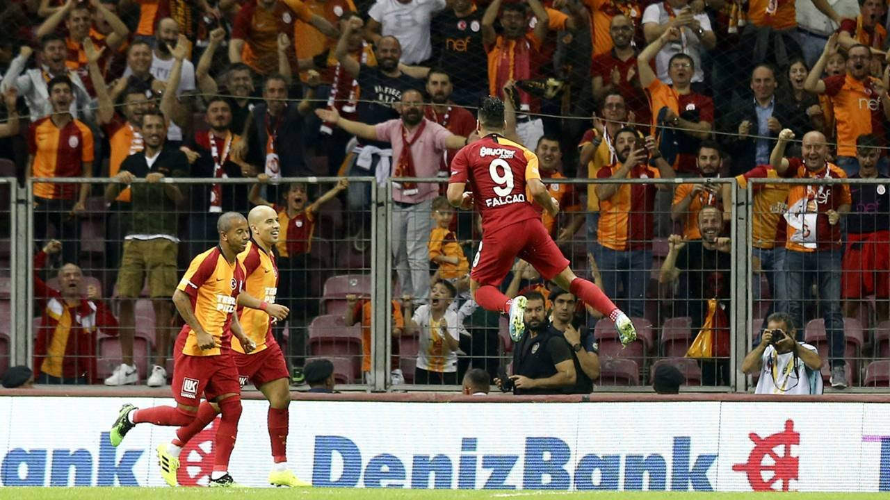 <h2>Galatasaray - Kasımpaşa: 43.071</h2>