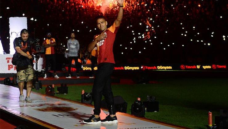 <h2>Galatasaray Radamel Falcao'dan sonra ne kadar satış yaptı?</h2>