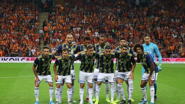<h2>Galatasaray'dan Fenerbahçe'ye Şampiyonlar ligi göndermesi</h2>