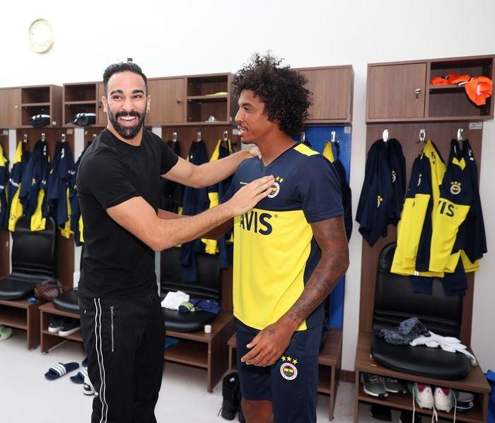 <h2>Luiz Gustavo, Fenerbahçe idmanına çıktı</h2>