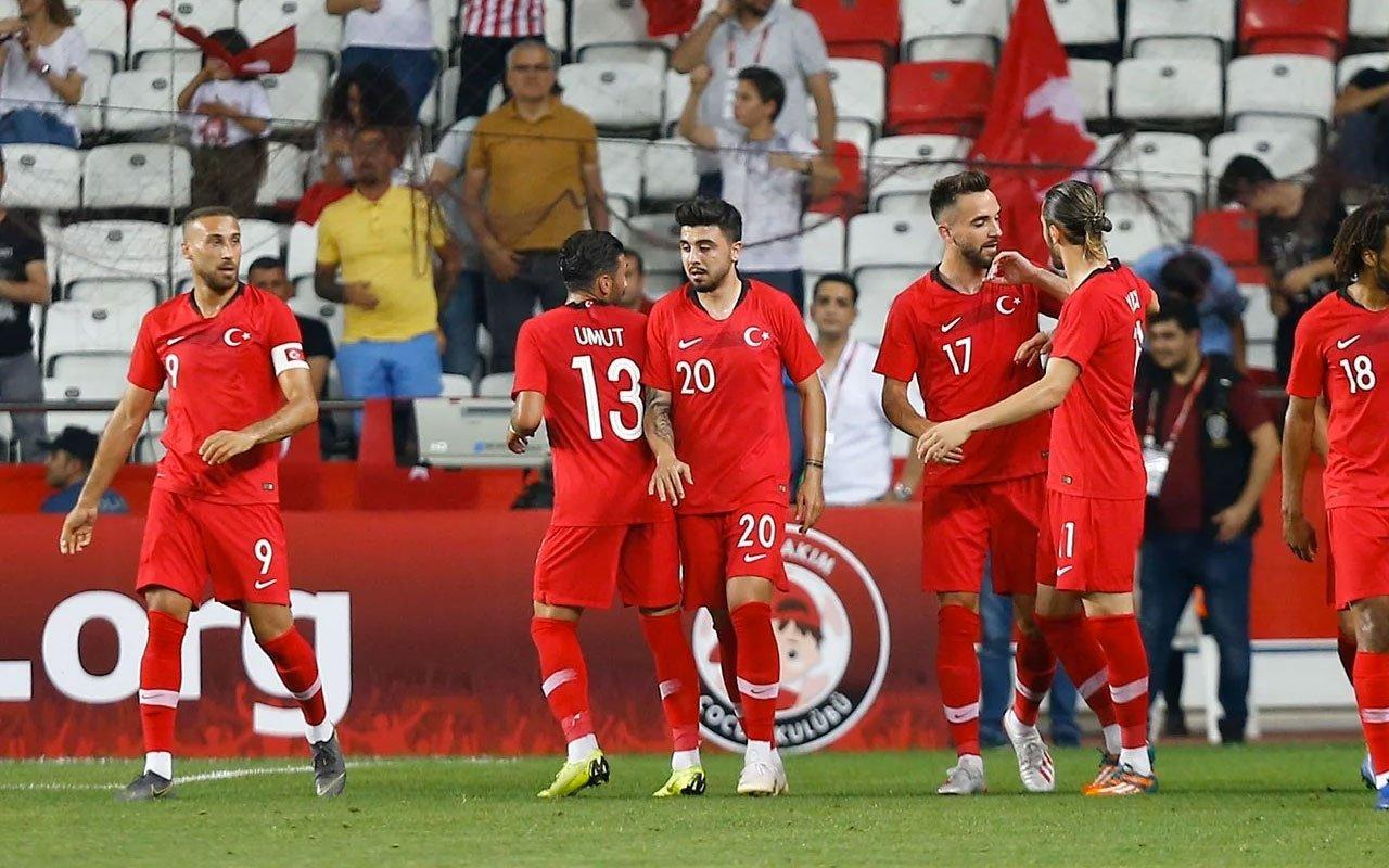 <h2>Türkiye'nin Moldova maçı ilk 11'i</h2>
