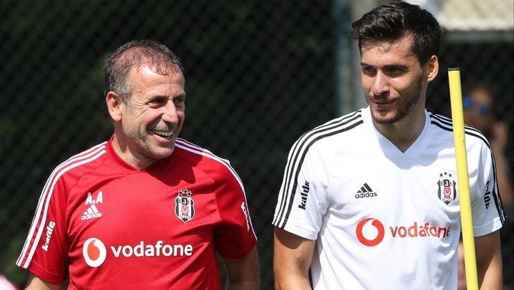 <h2>Umut Nayir Beşiktaş'ın ilk 11'inde oynayacak mı?</h2>