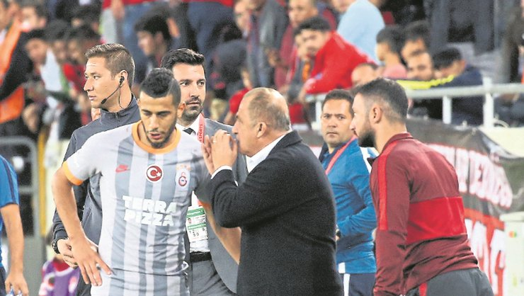 <h2>FATİH TERİM'DEN FLAŞ BELHANDA KARARI</h2>
