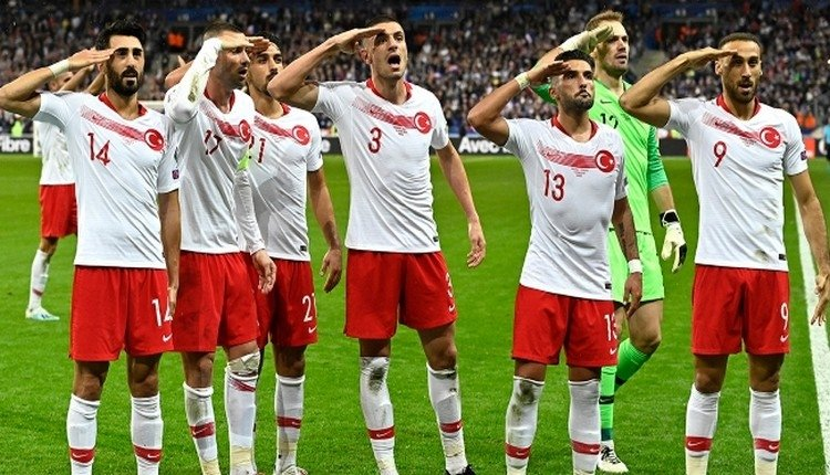 <h2>UEFA'DAN MİLLİ TAKIM'A SORUŞTURMA</h2>