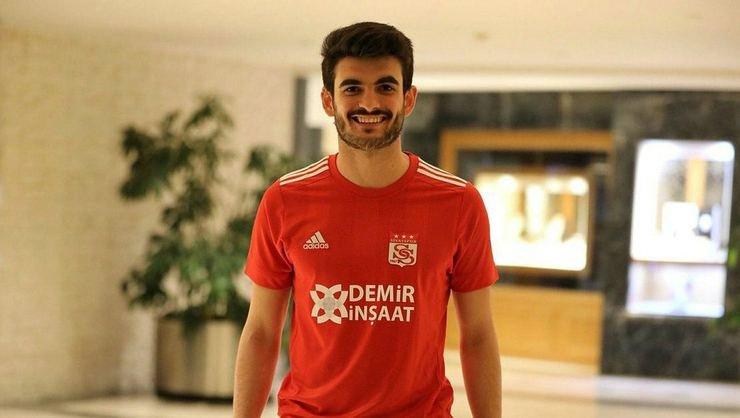 <h2>Beşiktaş'ta Sergen Yalçın'ın yeni jokeri: Fatih Aksoy...</h2>