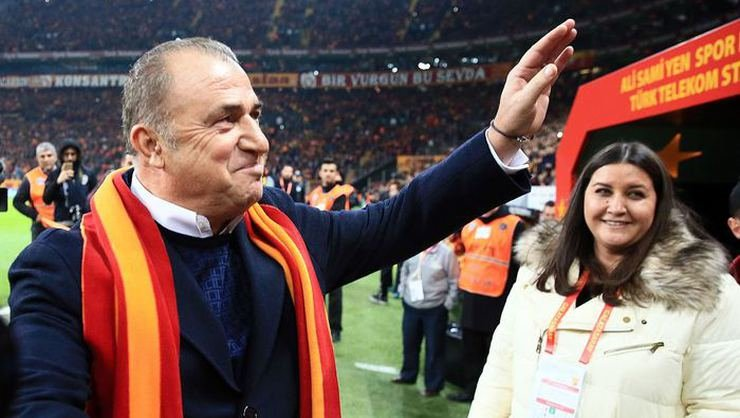 <h2>Galatasaray'da ayrılık! Hande Sümertaş görevden ayrıldı</h2>