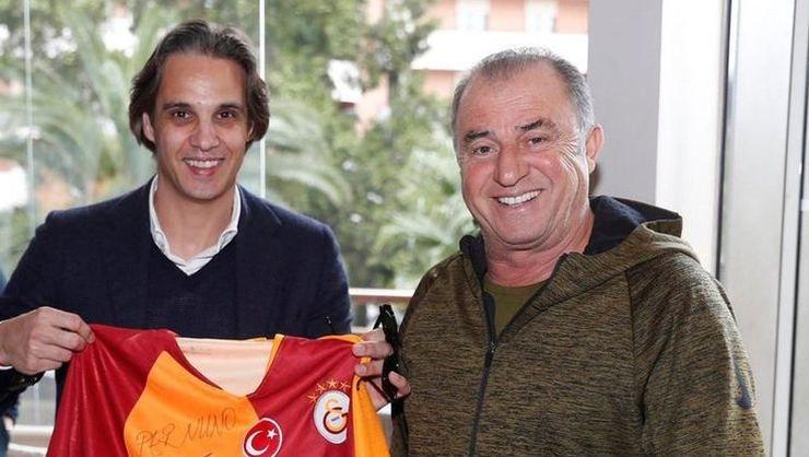<h2>Nuno Gomes: Fatih Terim'i özledim</h2>