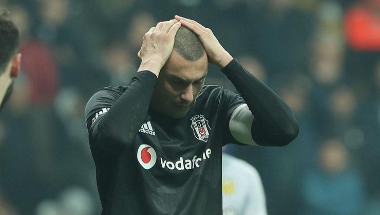 <h2>Son dakika! Beşiktaş'ta Burak Yılmaz ile yollar ayrılıyor</h2>