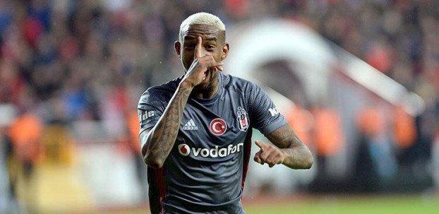 <h2>Talisca'dan kötü haber! Beşiktaş...</h2>