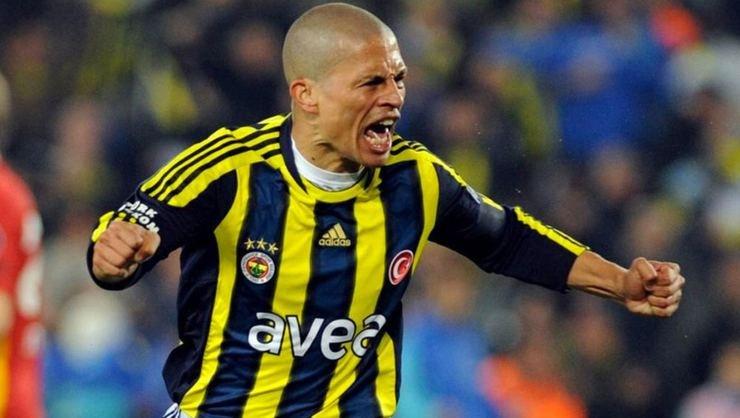 <h2>Alex, Fenerbahçe taraftarına seslendi!</h2>