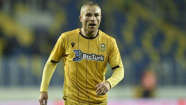 <h2>Beşiktaş'a döneceği iddia edilen Gökhan Töre: Sergen Yalçın'la çalışmak isterim!</h2>