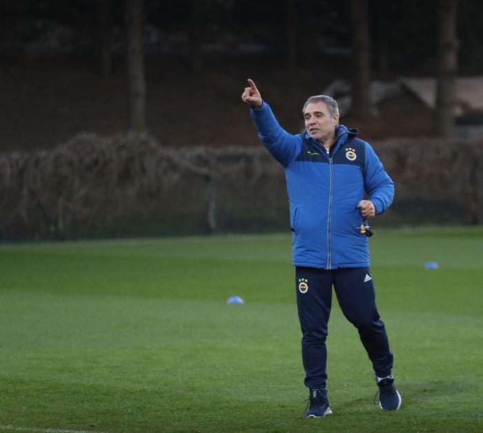 <h2>Ersun Yanal'dan flaş sözler: Fenerbahçe ihtiyaç duyarsa...</h2>
