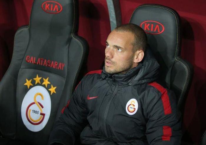 <h2>Galatasaray'da Wesley Sneijder sürprizi!</h2>