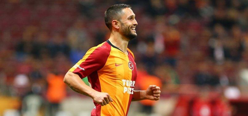 <h2>İtalyan basını duyurdu! Galatasaray'da ilk ayrılık gerçekleşiyor .</h2>