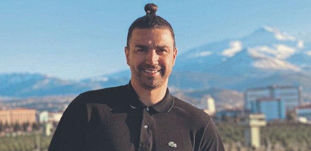 <h2>Mehmet Topuz: Bruno Alves'i dövdüm, kovuldum!</h2>