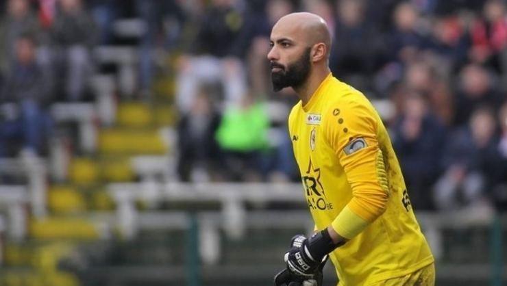 <h2>Sinan Bolat, Royal Antwerp ile sözleşmesini feshetti</h2>