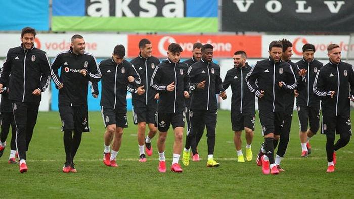 <h2>Son dakika   Beşiktaş'ta radikal karar! Testler negatif çıkarsa...</h2>