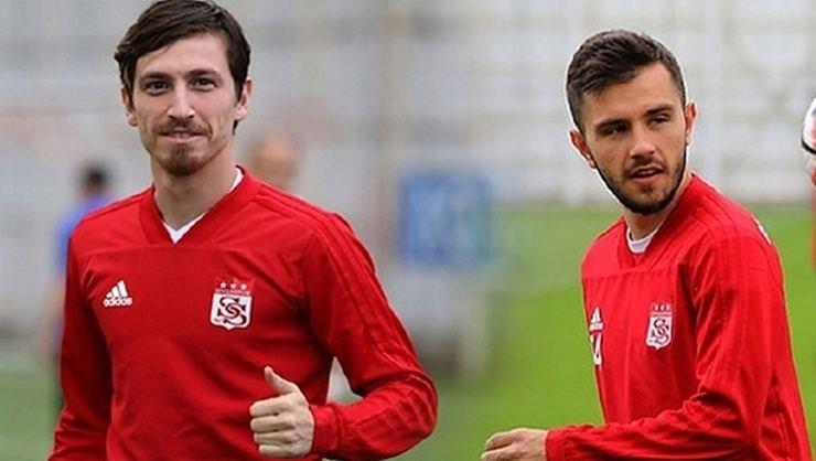 <h2>Son dakika! Galatasaray'ın Emre Kılınç ve Mert Hakan yandaş transferinde rakip!</h2>
