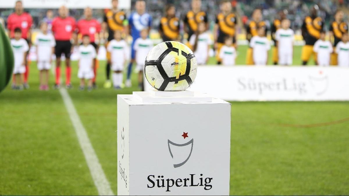 Süper Lig'de yabancı sınırına karşı olan kulüpler