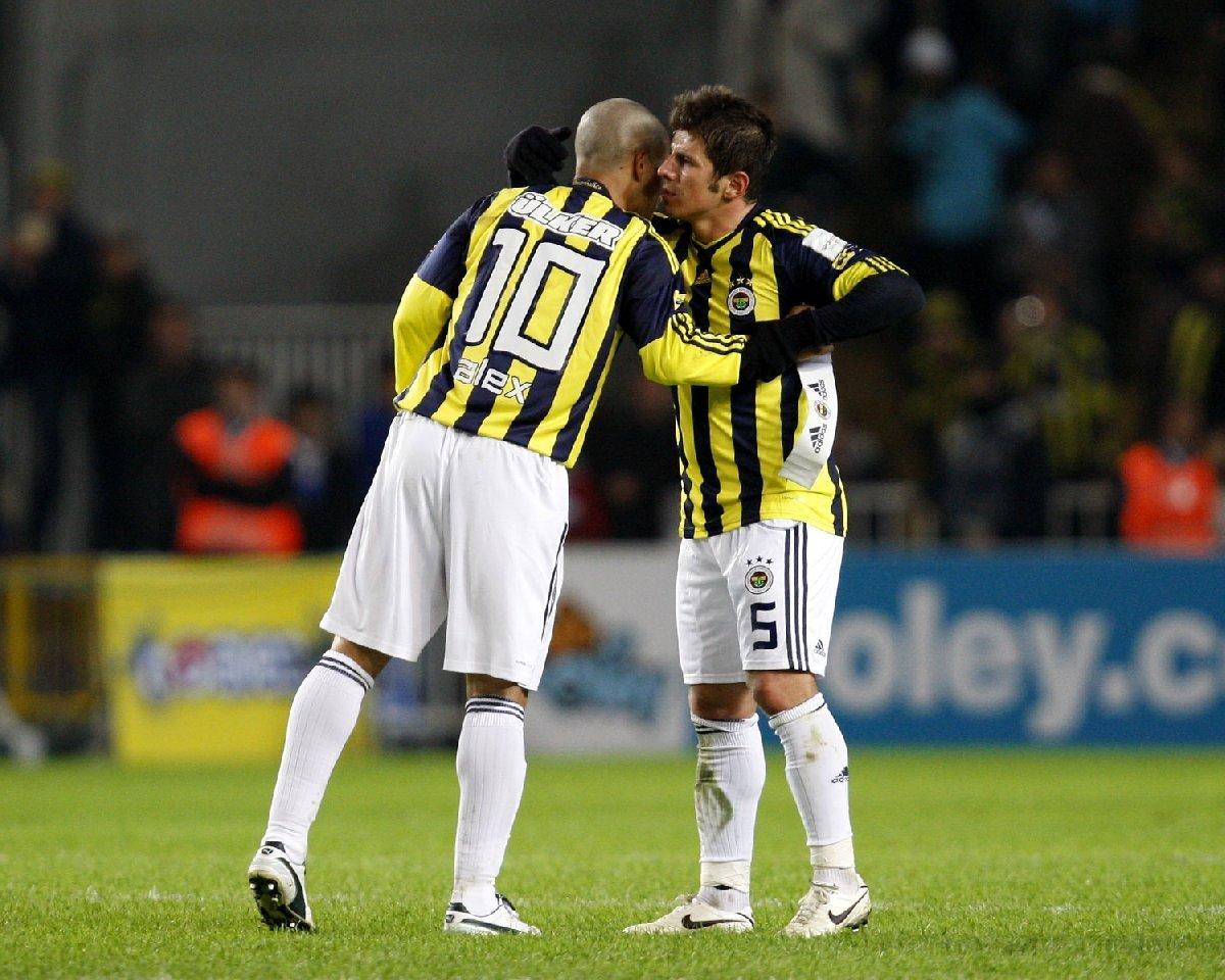 Emre Belözoğlu - Alex de Souza maçının detayları
