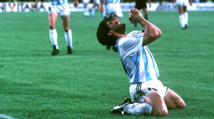 Maradona için olay yaratan manşetler