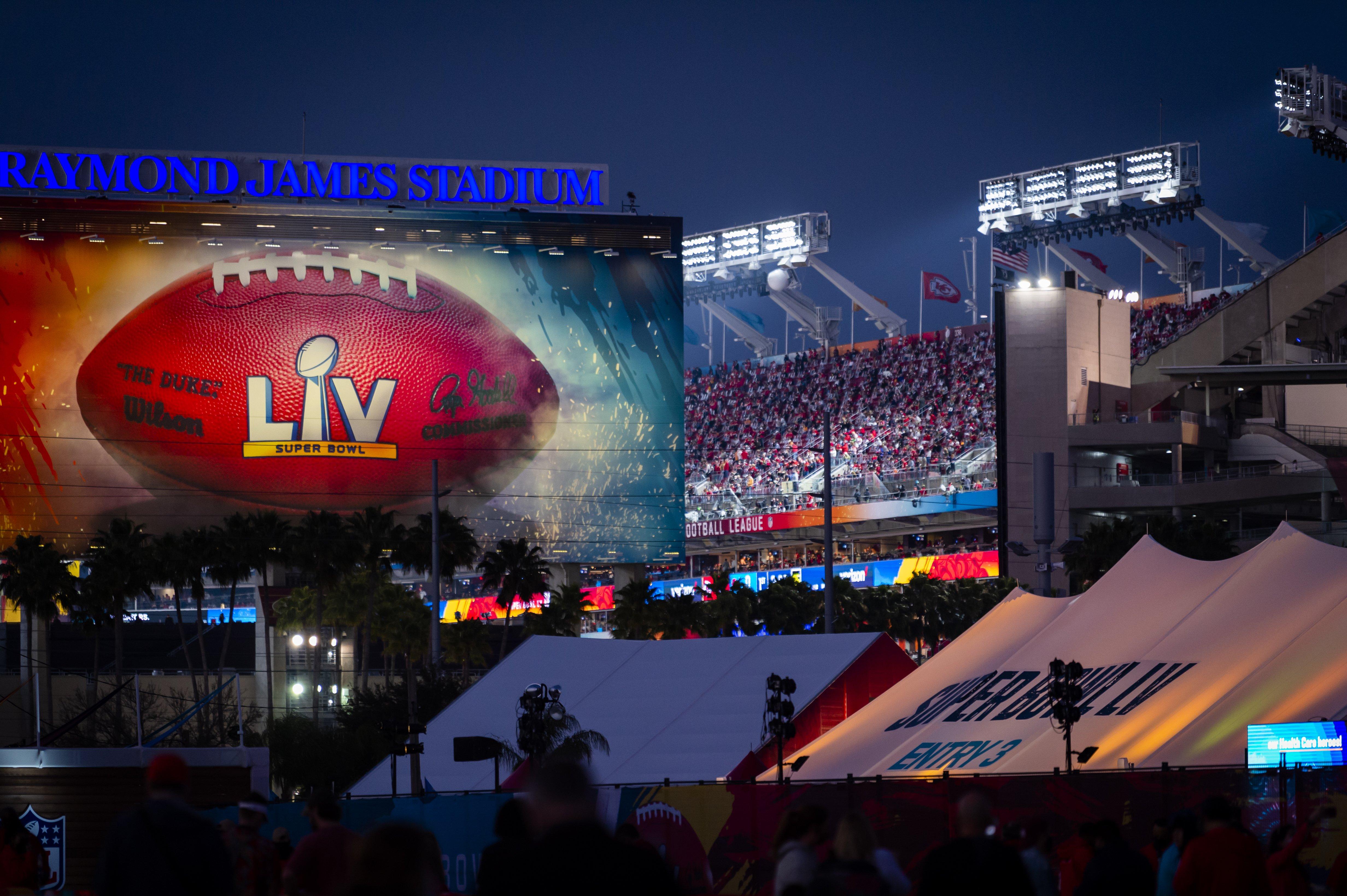 'Süper Bowl'da koronavirüs unutuldu