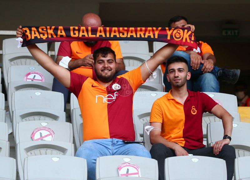 FutbolArena Galatasaray - PSV maçında