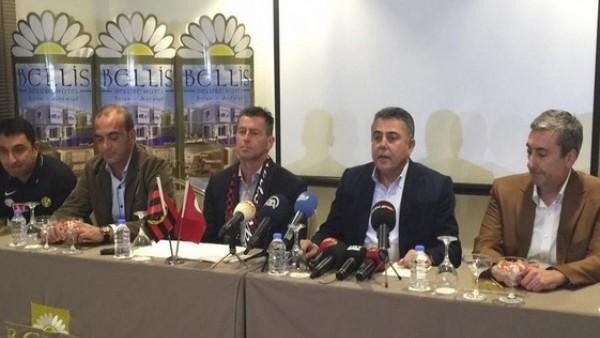 Eskişehirspor'da ikinci Skibbe dönemi başladı
