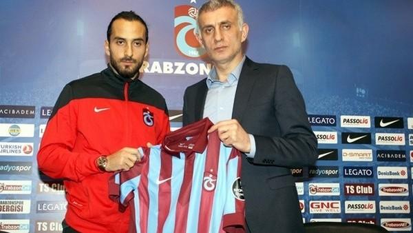 Erkan Zengin, Trabzonspor'la imzaladı