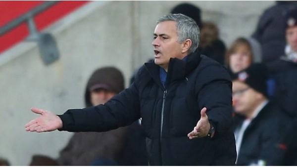 Mourinho'ya para cezası