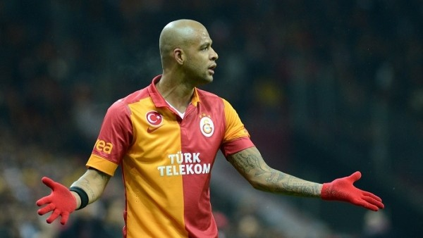 Felipe Melo'dan Galatasaray'a kötü haber!