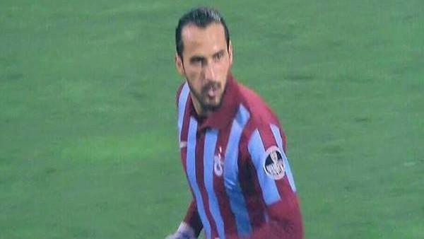 Erkan Zengin oyuna girer girmez asist yaptı!