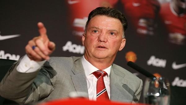 Van Gaal transfer hakkında net konuştu!