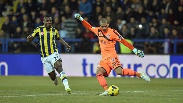 Emenike 8 maç sonra gol attı