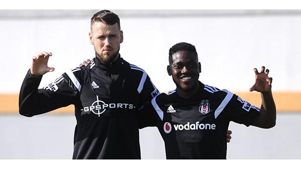 Beşiktaşlılar ekran başına! 3 yeni isim de sahada