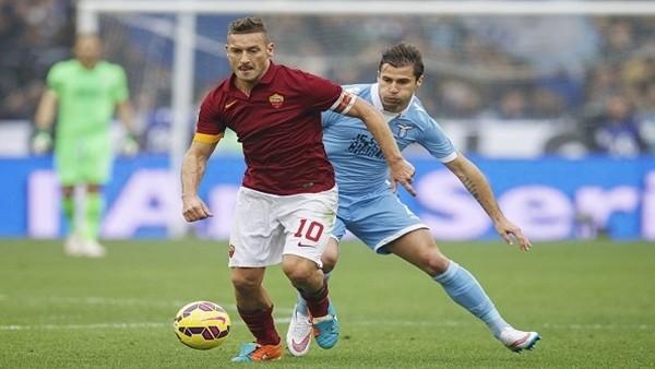 Roma Lazio derbisinde Totti'ye büyük jest!