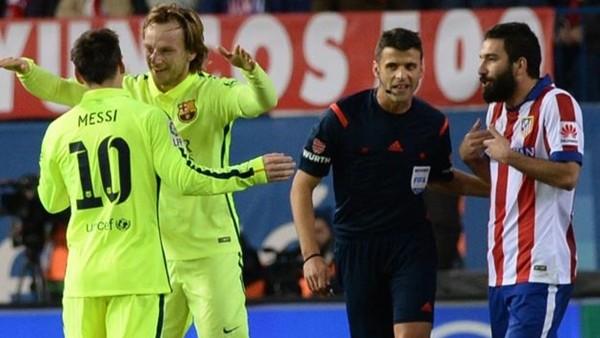 Atletico, Barcelona'ya boyun eğdi!