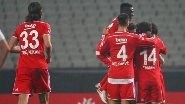 Beşiktaş, Atatürk Olimpiyat Stadı'nda ilk kez...